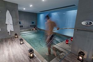 VALENTINES DAY IN ATHENS - ORLOFF SPAS